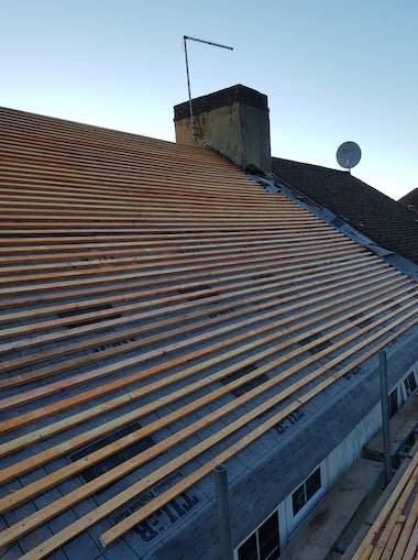 Roof repair in Croydon